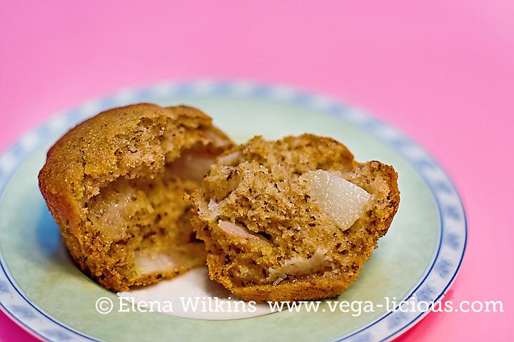 pear-banana-muffins